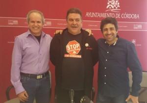2016.02.05_BAJA mocion 15m stop desahucios